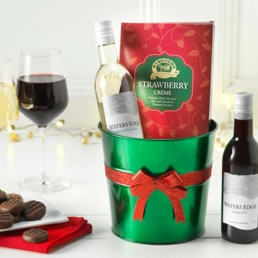 Ringtons Wine Set with Strawberry Crèmes